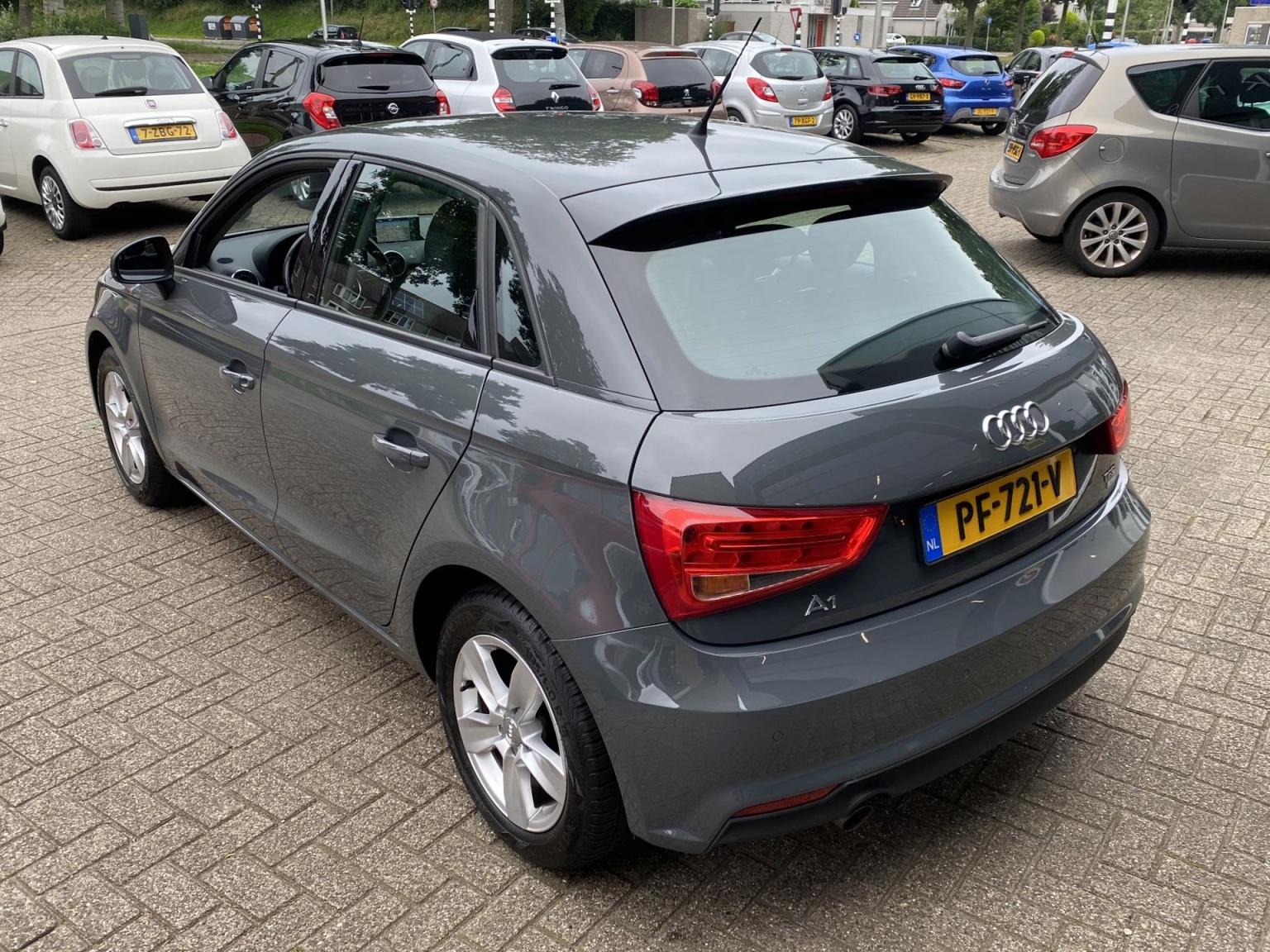 Audi-A1-3
