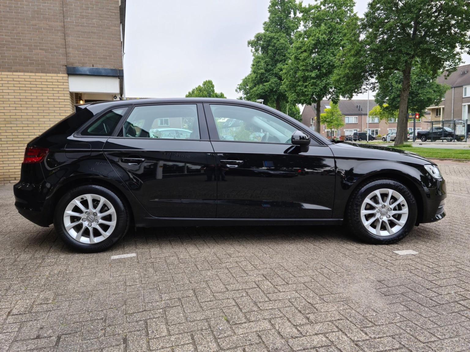Audi-A3-4