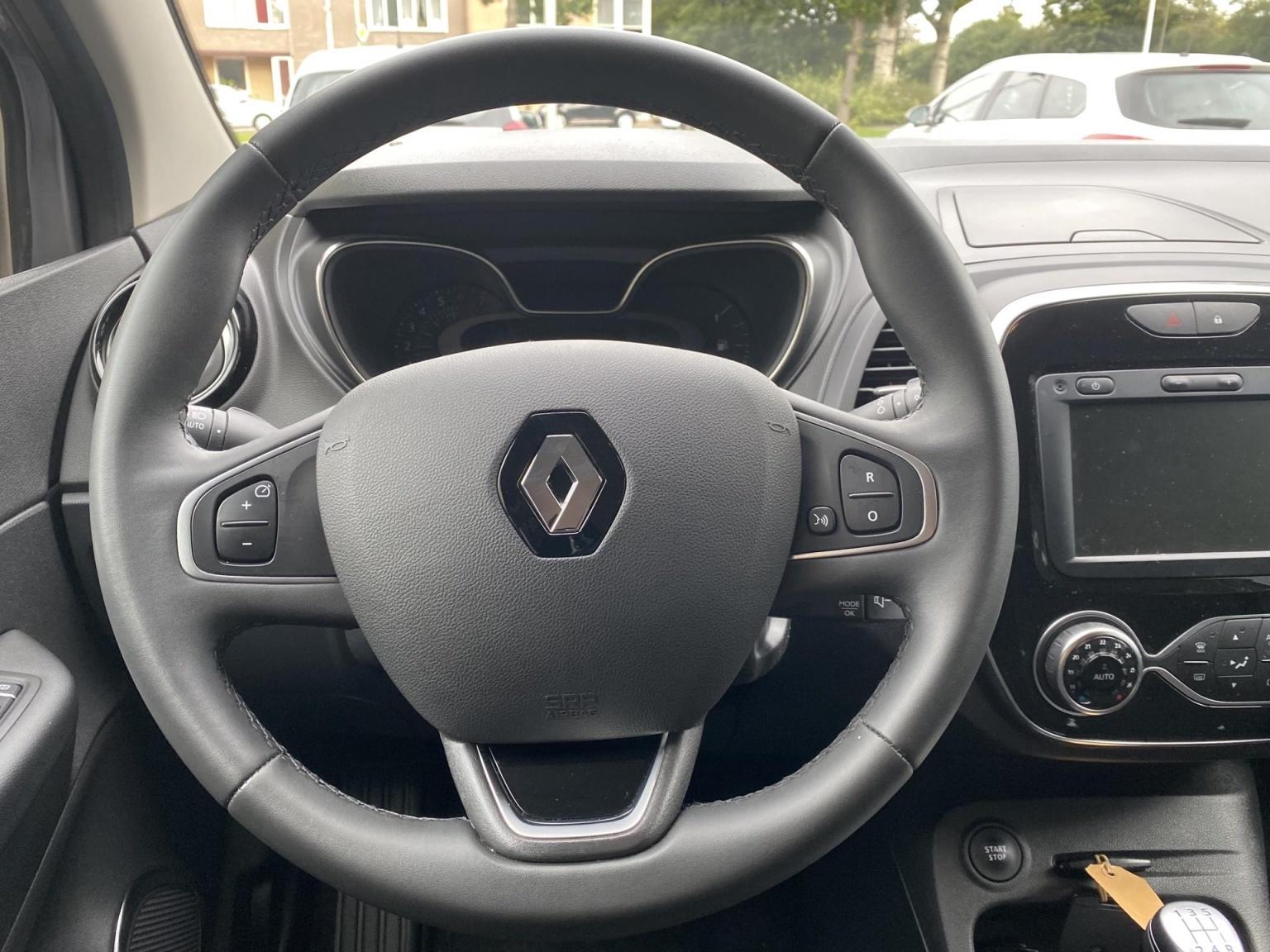 Renault-Captur-11